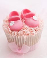 Baby-girl-cupcake